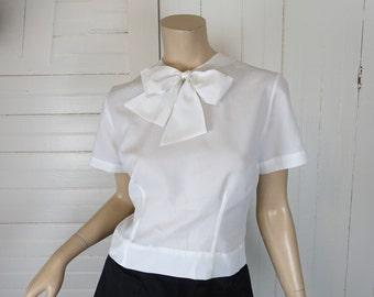 60s Bow Blouse in Snow White- 1960s Short Sleeve Top- Medium- Secretary