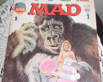"""July 1977 MAD Magazine Issue #192 - """"We Topple King Kong"""""""