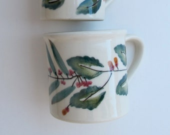 Large Coffee Cocoa Mug Mistletoe Woodland by Hartstone, 12 Ounce Vintage Hartstone Pottery