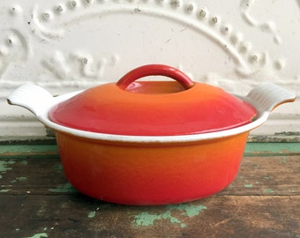 Vintage Red and White Small cast Iron Enamel Pot with lid Descoware