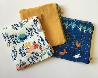 Chickens on the farm Set of 3 Wet bag/Snack bags with waterproof lining