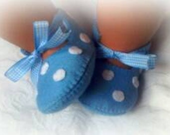 DIY kit, make your own spotty felt shoes.