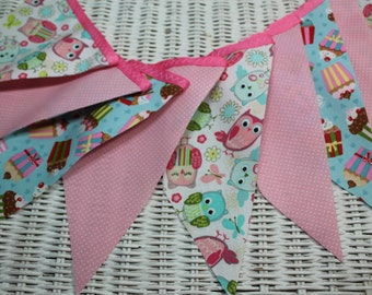 Free USA Shipping/Owl and Cupcake Fabric Banner/Cupcake Fabric Banner/Photo Prop/Owl Fabric Banner/Bunting/Birthday Banner/Wedding Banner