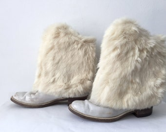 Vintage RARE 60s 1960s White Fur Majorette Boots Leather Cream Ivory White Shoes Size 9 Marching Band GO GO