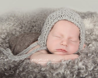 Newborn Photo Prop Pattern, Newborn Hat Pattern, Knitting Pattern, Knit Newborn Hat Pattern, Baby Hat Pattern, Newborn Bonnet Pattern