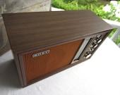 Vintage Sony AM FM Transistor Radio Shelf Mantel Lighted Dial Wood Cabinet TFM 9450W