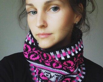 Knit Cowl, Fair Isle Neck Warmer, One size, Black and Pink