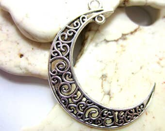 2  Crescent Moon Pendants  silver Moon charms Jewelry Charms 4cm x 3.6cm