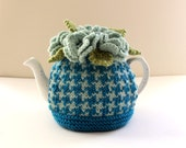 Thurso Houndstooth - Hand-knitted Floral Tea Cosy - in Organic Wool + Cotton mix and Cashmerino - Size SMALL - by Tafferty Designs