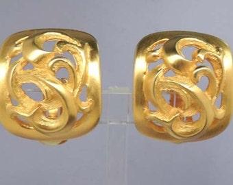 CLARA Gold Earrings / Vintage Clara Earrings / Classic Gold Earrings / Clip Earrings / Signed Earrings / Wedding Earrings / Wedding Jewelry