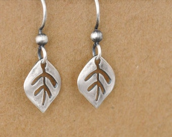 sterling silver leaf earrings, TINY LEAVES, minimalist, simple, everyday dainty wear, gift for girls,