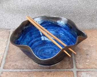 Noodle or rice bowl handthrown stoneware pottery ceramic