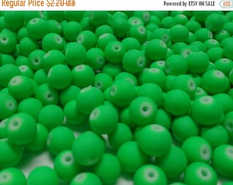 50% OFF - 40 pcs Glass Beads NEON GREEN color