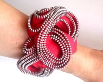 Blossom zipper bracelet