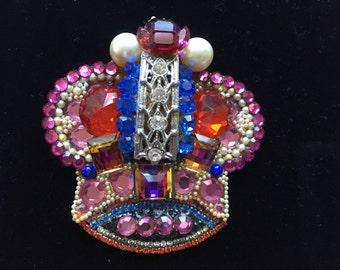 Fantastic Wendy Gell Encrusted Crown Pin