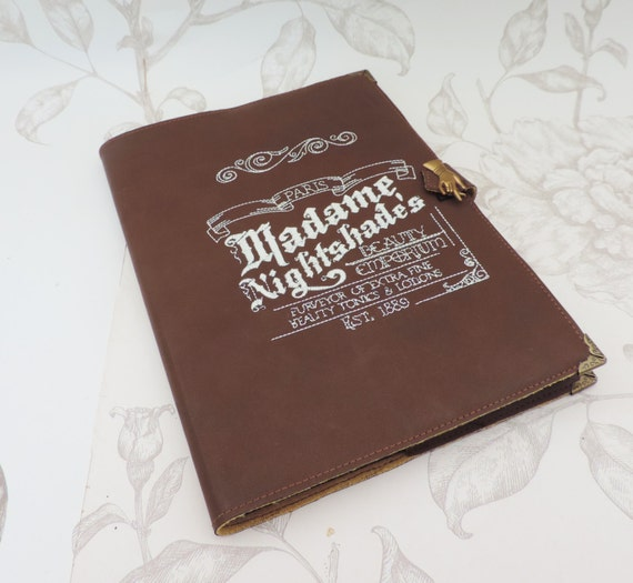 Faux leatherbook journal notemadame - Faux journal personnalise ...