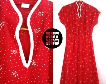 Spunky Vintage 70s Red Dress with White Bows - Super Cute!