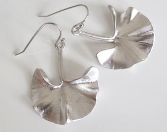 Silver Ginkgo Earrings,Gift,Gifts for Her,Ginkgo Leaf Earrings,Art Nouveau Jewelry,Natural Leaf Jewellery,Nature Lover Gift,Ginkgo Jewelry
