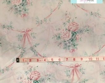 Queen Vintage Fitted Sheet with Pastel Floral and Bows