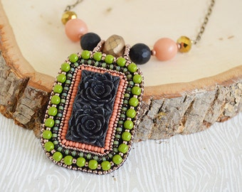 Black Flowers Bead Embroidery Necklace. Handcrafted Jewelry. Artisan Jewelry. OOAK. Memento Mori. Day of the Dead. Beadwork. Pendant