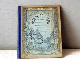 1910s French Study Book - Histoire de france par l'image et l'observation directe - cours preparatoire - Newsprint French Book