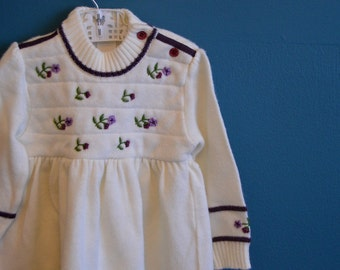 Vintage Baby Girl's White Knit Dress with Embroidered Flowers - Size 12 Months
