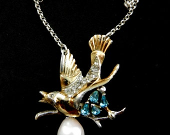 Art Nouveau genuine Baroque Pearl & exquisite bird figure pendant Necklace  - 1960s italian Artisan Jewelry - art.18/4-