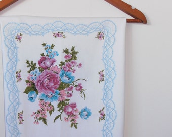 shabby chic...vintage cotton pillowcase