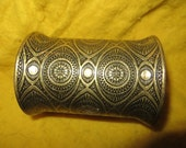 vintage  brass  ornate  wide  boho hippie cuff bracelet