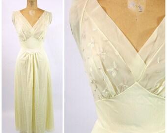 pyjamas peignoirs et robes de chambre pour femmes vintage etsy fr. Black Bedroom Furniture Sets. Home Design Ideas