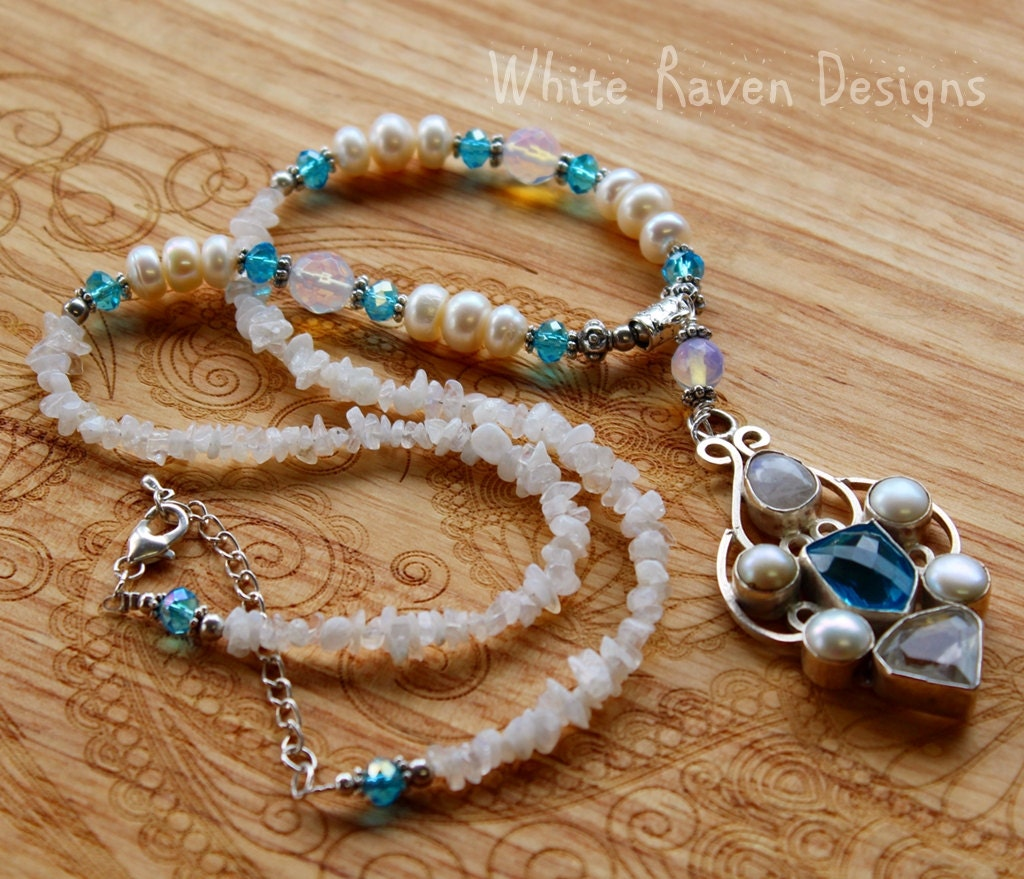 Blue Topaz And Pearl Necklace: Necklace Blue Topaz And Pearl Gemstone Vintage Gothic Style