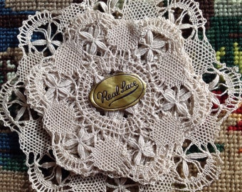 Lace  - real lace - Vintage set of 7 coasters - Bruges lace - ivory lace - cream white grey - grandmothers attic - Christmas gift idea - wed