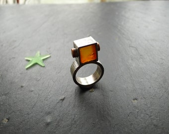 INDUSTRIAL AMBER RING, pressed amber, oxidized sterling silver, texturized silver, size 9, genuine baltic amber, geometric design