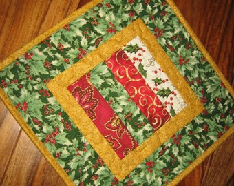 Christmas Table Topper, Red White and Green, Quilted Table Topper, Reversible, Pine Cone Table Topper, Holiday Table Mat, Holly Berries