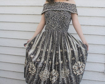 50s Black Gold Print Dress Vintage Full Skirt Retro Cotton S