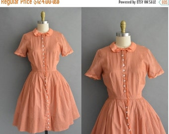 25% off SHOP SALE... vintage 1950s dress / 50s pumpkin cotton peter pan collar vintage dress