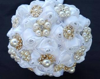 Brooch Bouquet, Bling, Rhinestone Bouquets, Pearl Rhinestone  Brooch Bouquet, Wedding Bouquet, Bridal Bouquet, Bouquet, Wedding,  gold white