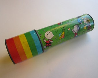 vintage PEANUTS kaleidoscope - Hallmark - as is