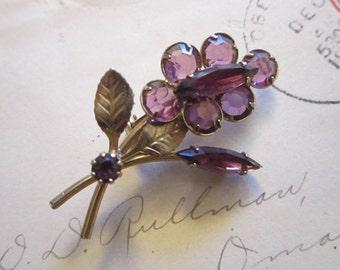 vintage rhinestone brooch - gold tone with purple stones, floral spray
