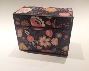 Recipe Card Box / Vintage Style Geometric Floral