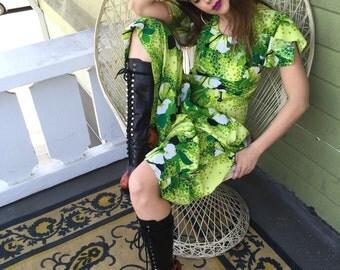 Vintage Hawaiian Dress with Flutter Sleeve