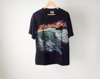 dolphin SURFER tropical black 80s 90s EXOTIC FISH beach print cotton t-shirt made in usa