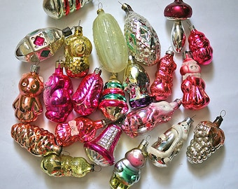 Vintage Christmas Decorations Glass Baubles Ornaments set of 20 Set 5 1970s from Russia Soviet Union USSR