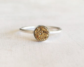 Druzy ring, sterling silver ring with gold druzy,tiny druzy ring, gold druzy silver ring, round druzy ring, gold geode ring, gift for her