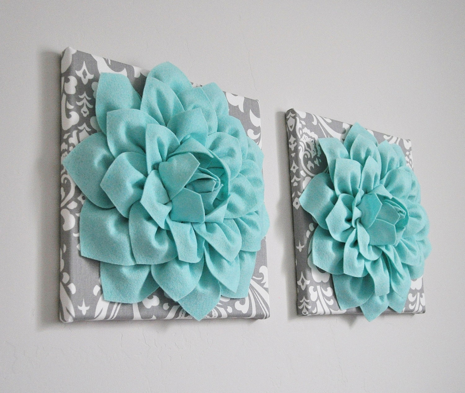 home decor wall art aqua and gray flower damask wall. Black Bedroom Furniture Sets. Home Design Ideas