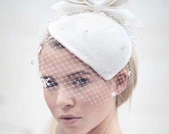Birdcage Veil Cocktail Hat, Felt Hat, Vintage Style Wedding Perch Hat with Designer Leaf Detail - Siobhán