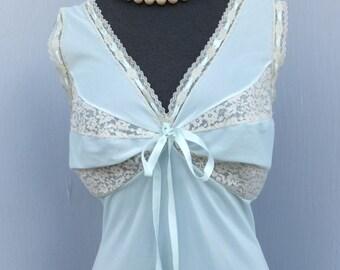 Vintage 50s/60s Van Raalte Pretty Pale Aqua Nightgown,   BUST 36