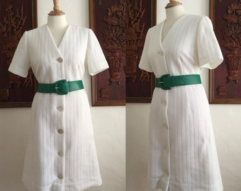 Vintage 60s / Mod /White / Short Sleeve / Button Up / Day Dress / Plus Size / Extra Large