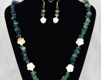 Flower Field Necklace and Earrings Set