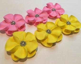 LOT of 50 sugar flowers with silver sugar balls